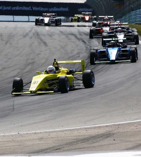 pilot one racing | kaylen frederick | racing in the lead