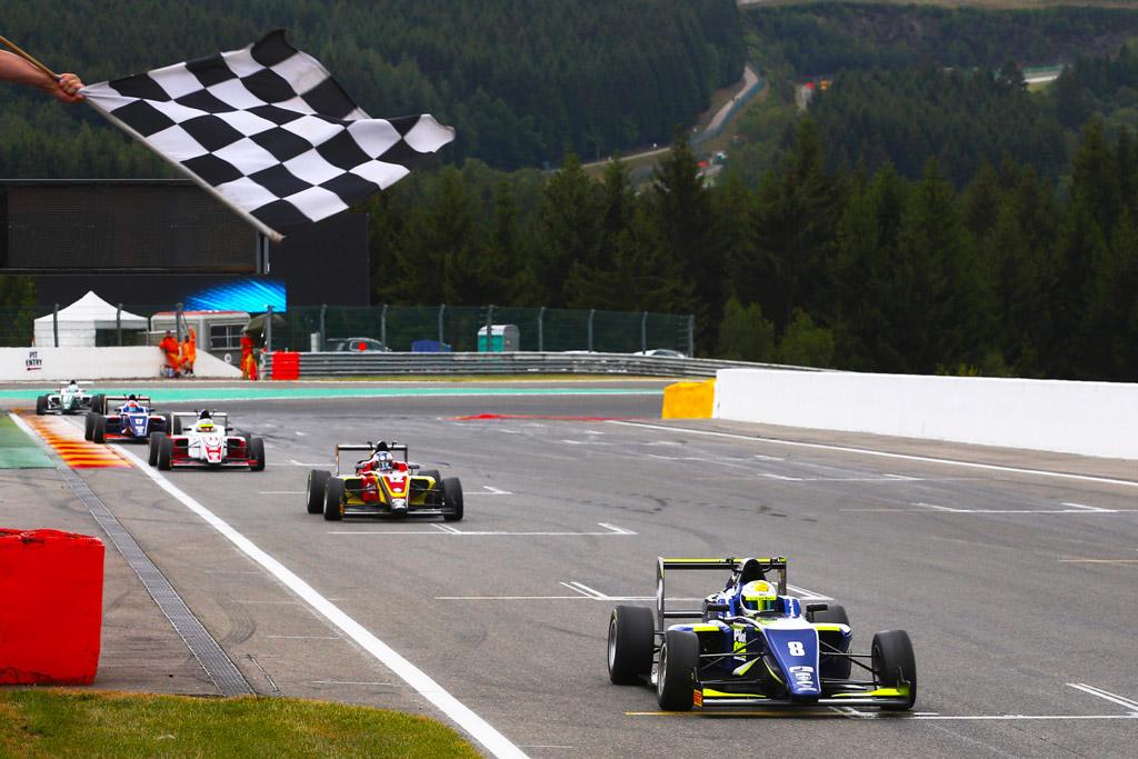 pilot one racing   kaylen frederick   racing to checkered flag as winner