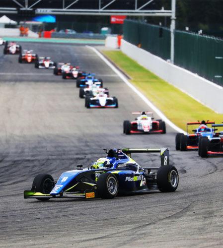pilot one racing | kaylen frederick | racing cars